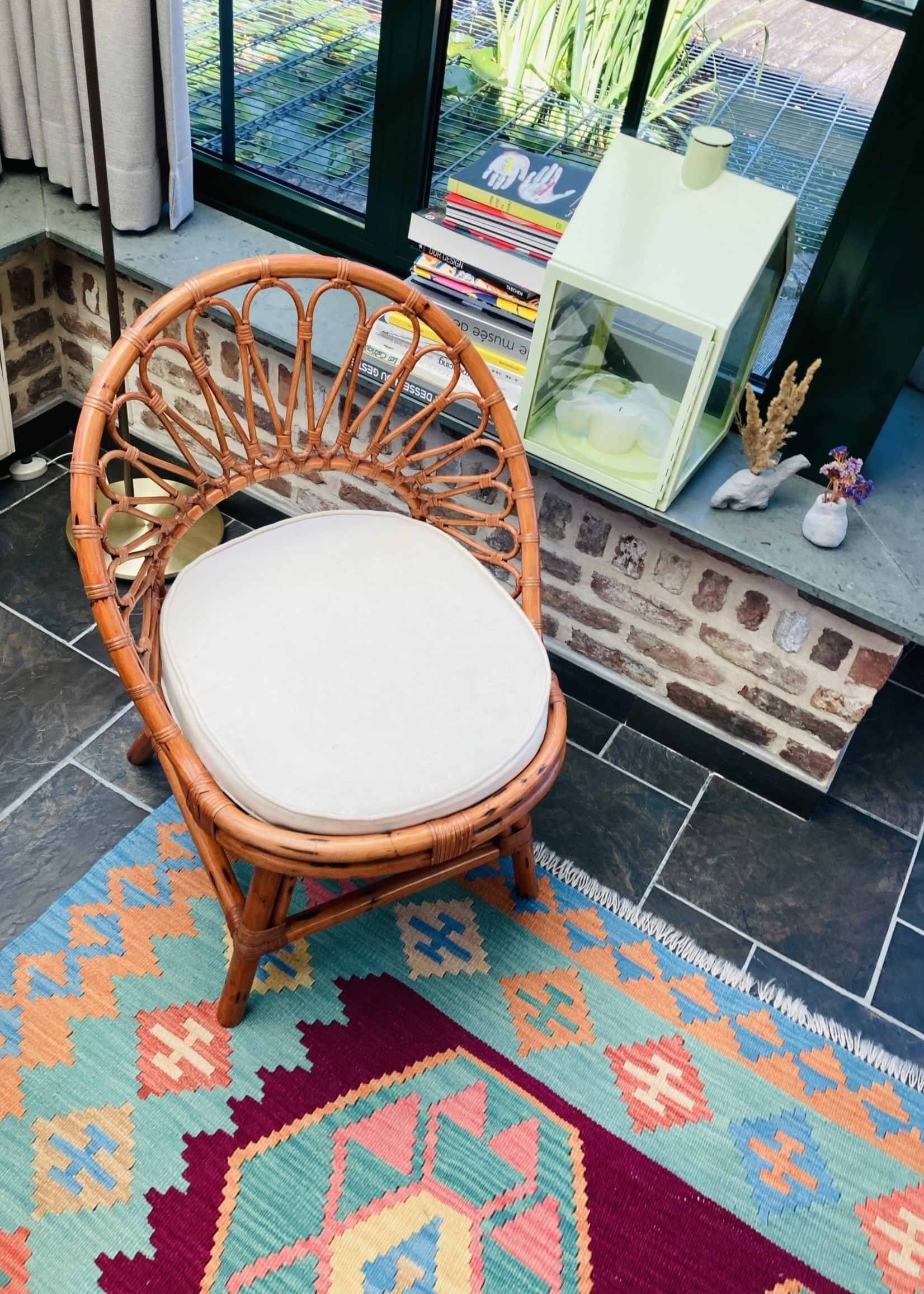 Small seventies Rattan  and bamboo chair with white cushion