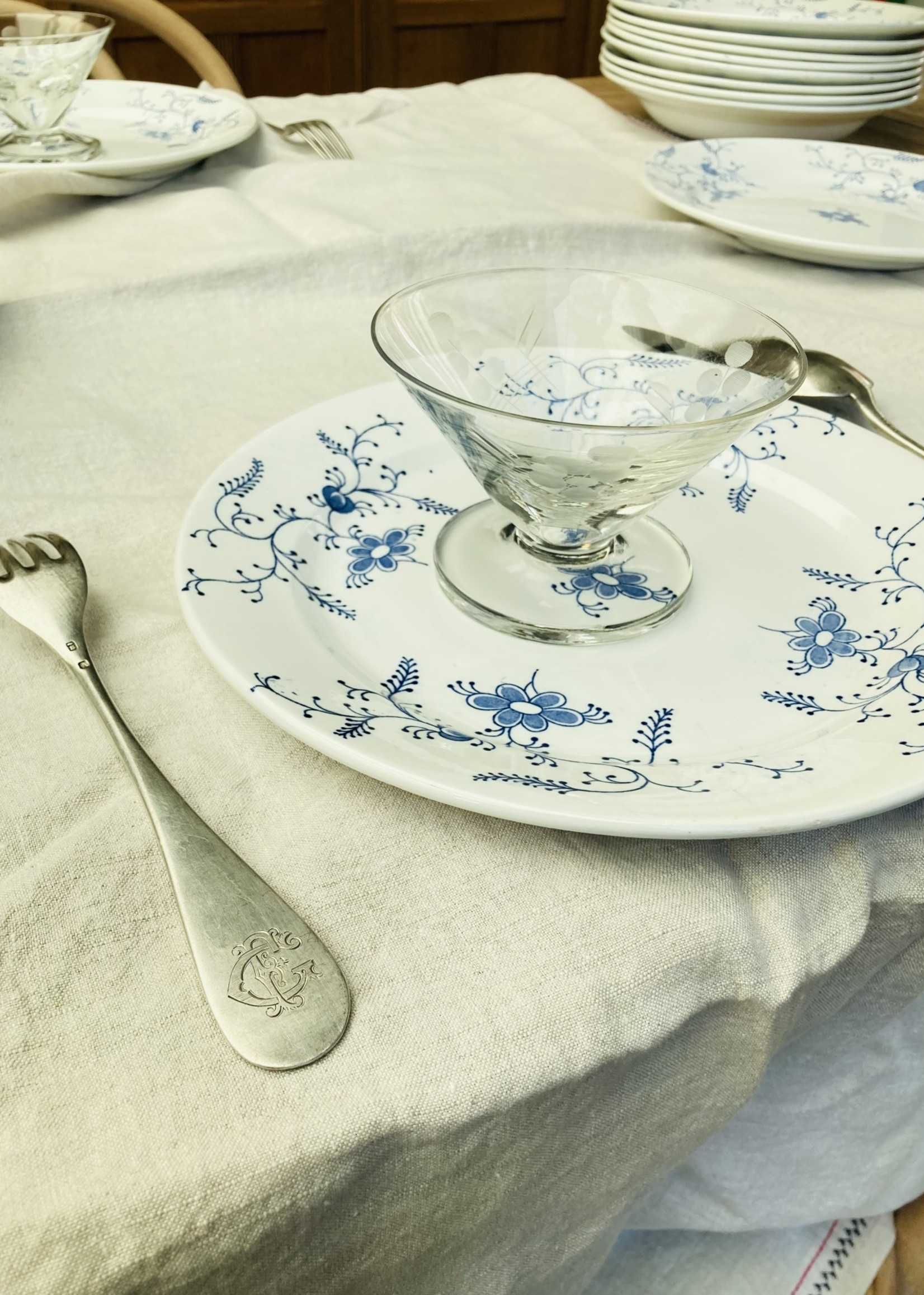 Large Plates Nimy with Blue decoration