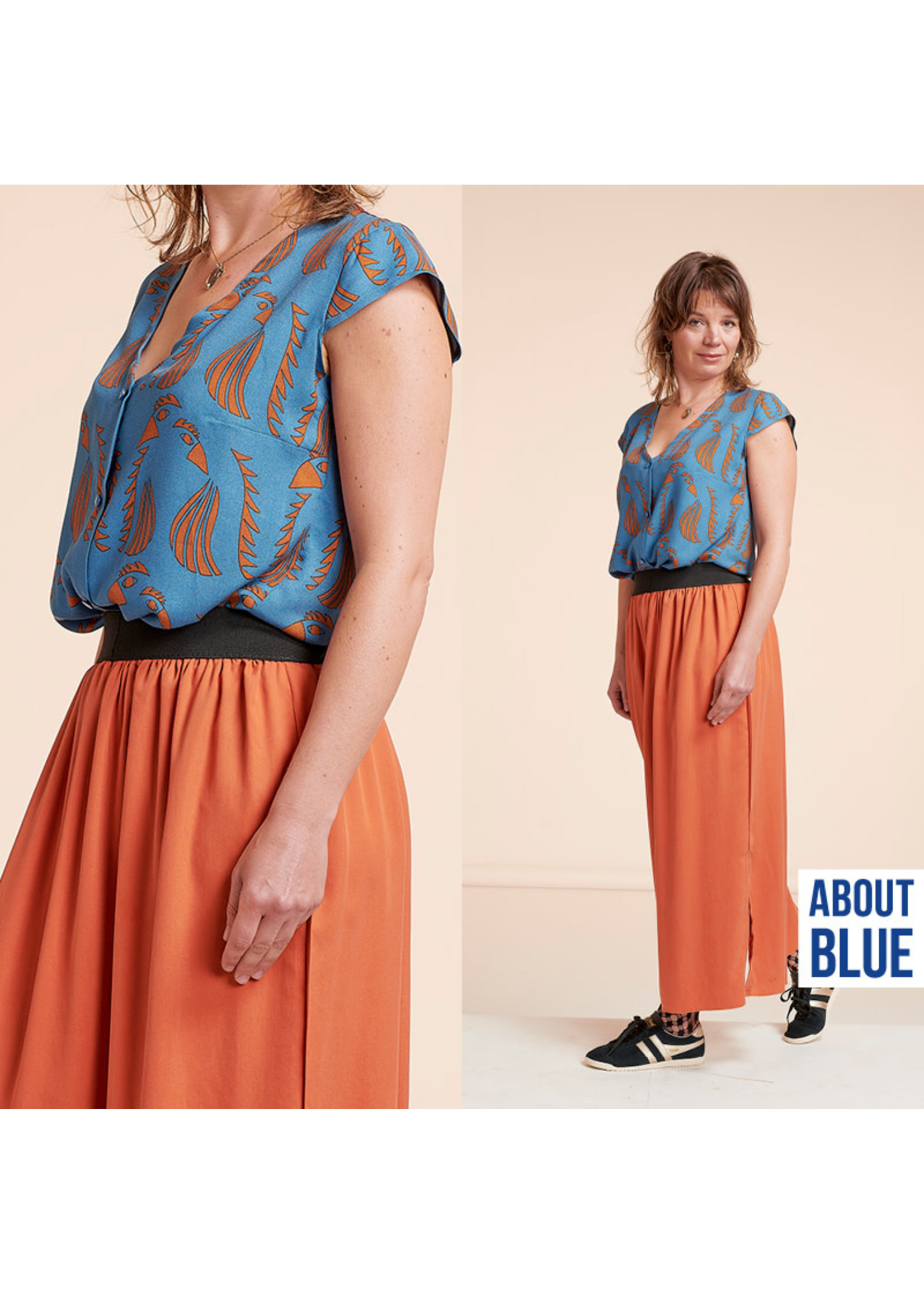 About Blue Fabrics Wonders of life - parrot blue