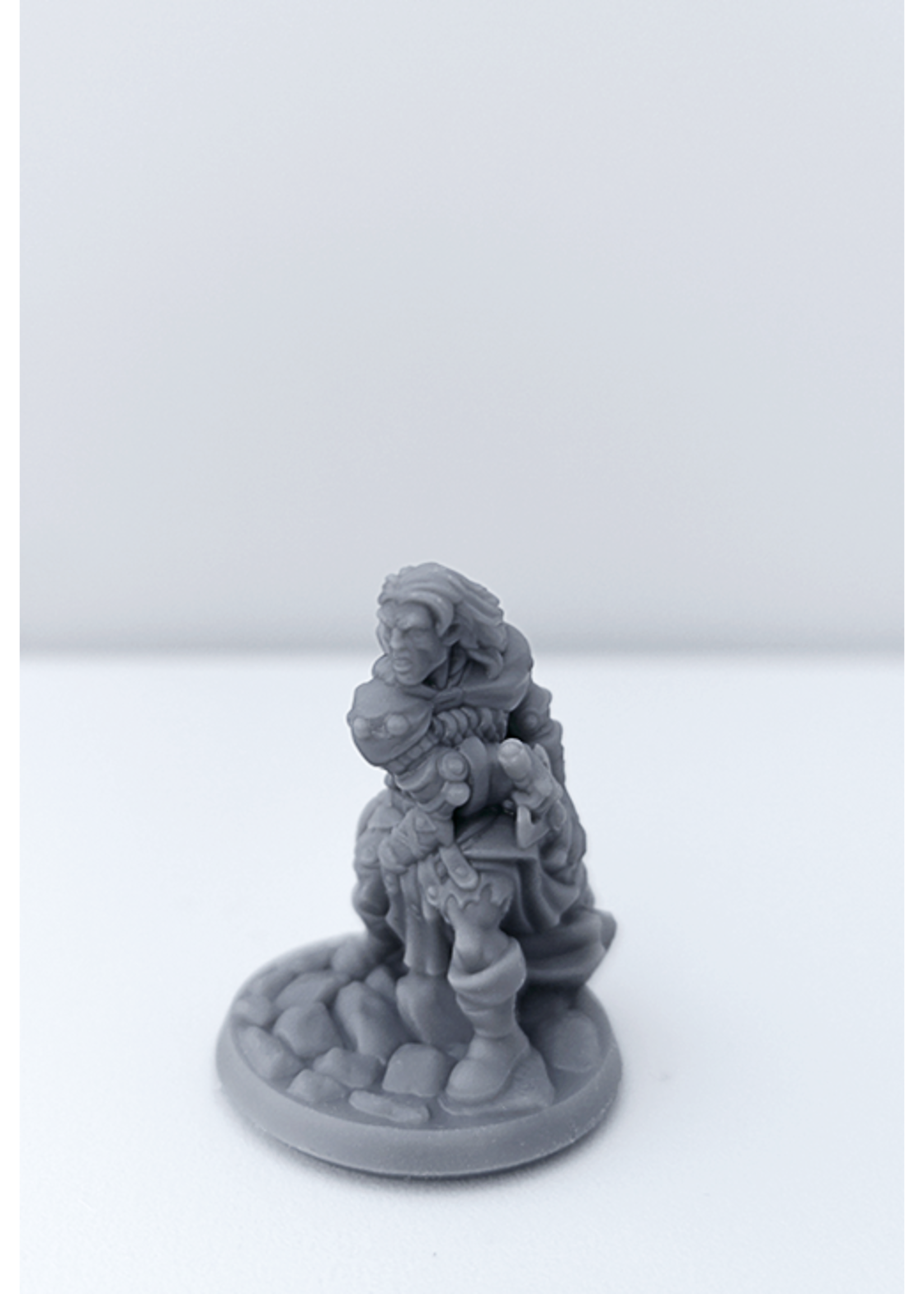 3D Printed Miniature - Fighter Male 01 - Dungeons & Dragons - Hero of the Realm KS