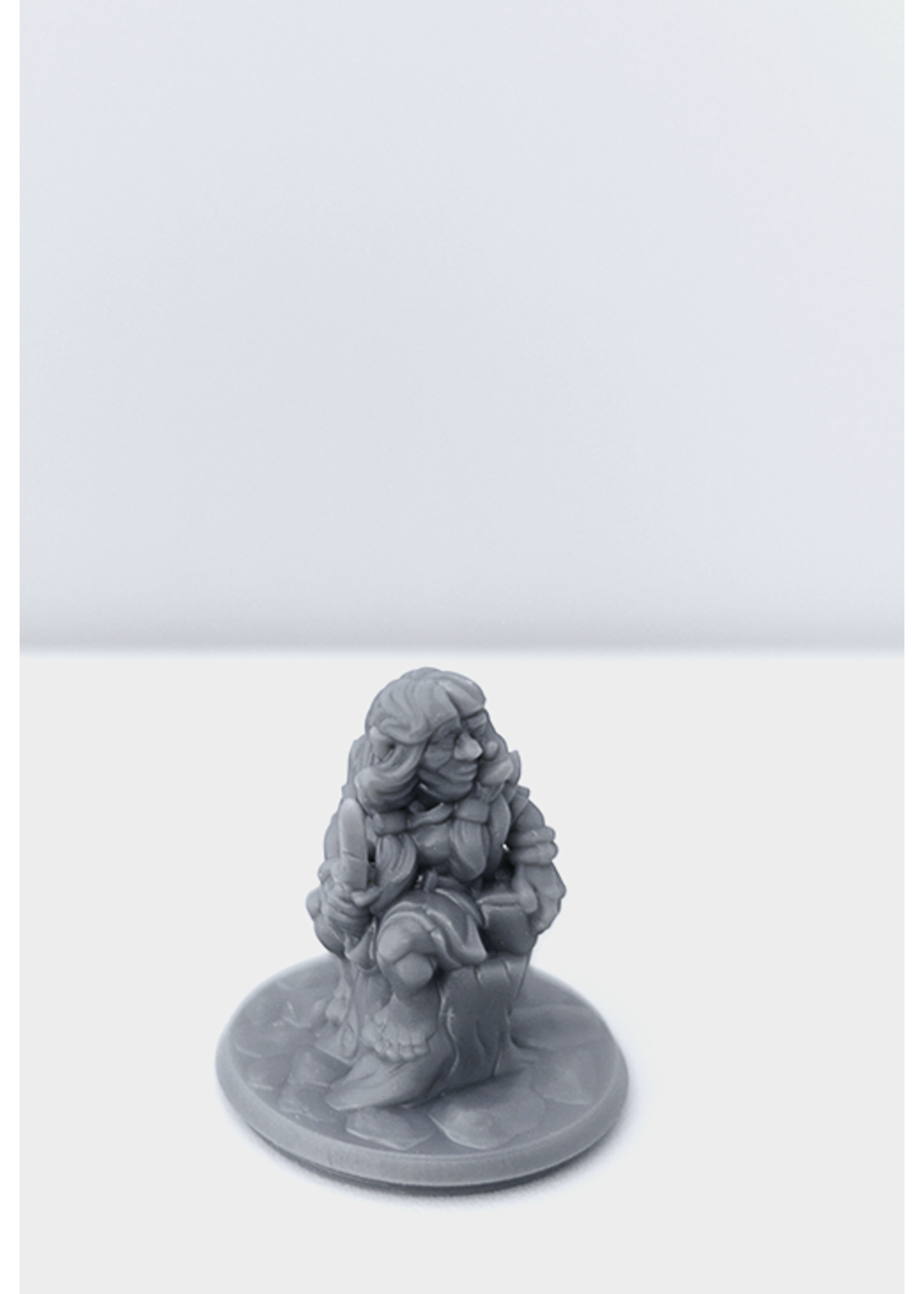 3D Printed Miniature - Gnome Female 01 - Dungeons & Dragons - Hero of the Realm KS
