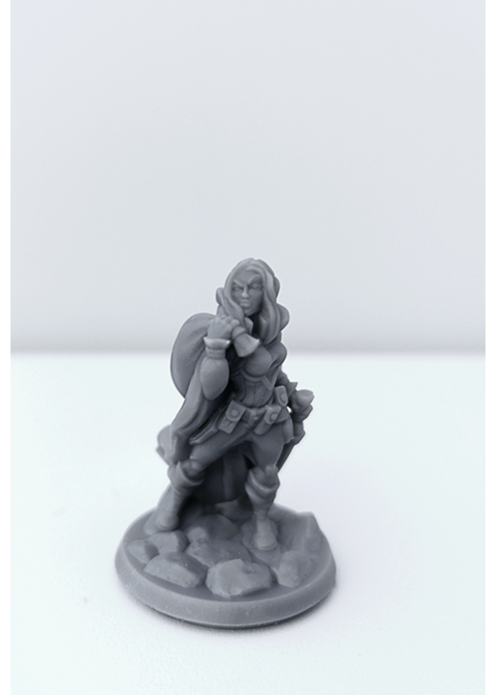 3D Printed Miniature - Thief Female 02 - Dungeons & Dragons - Hero of the Realm KS