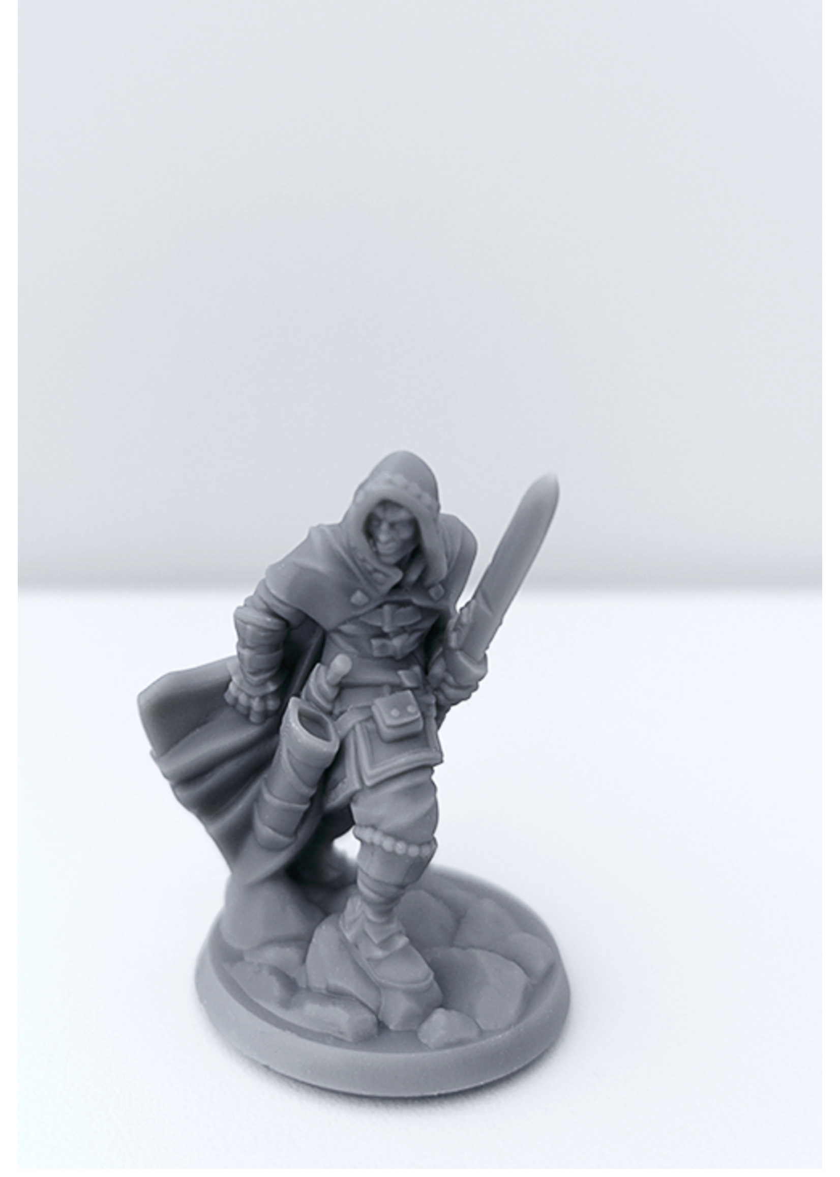 3D Printed Miniature - Thief Male 01 - Dungeons & Dragons - Hero of the Realm KS