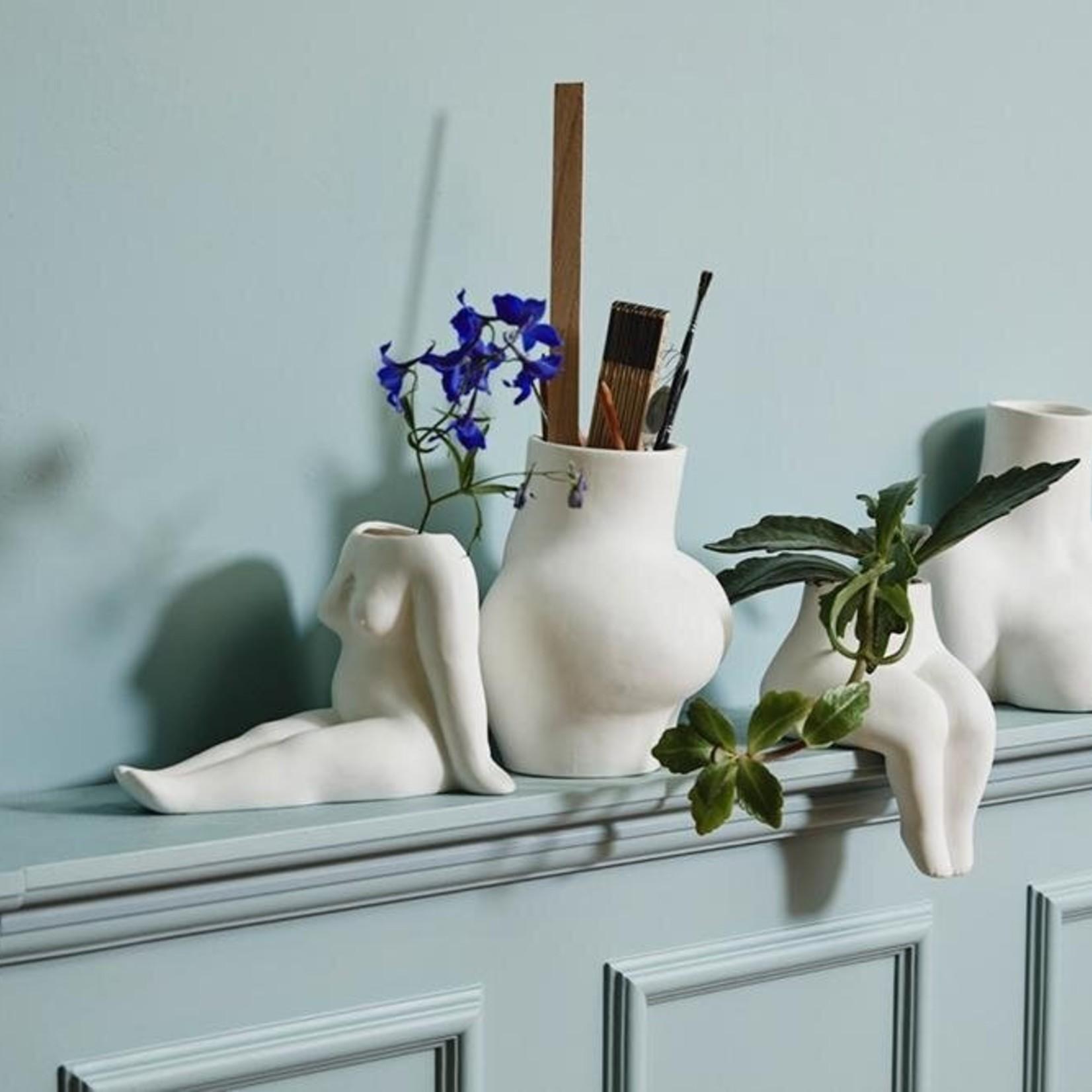 AVAJI lower body, vase, white