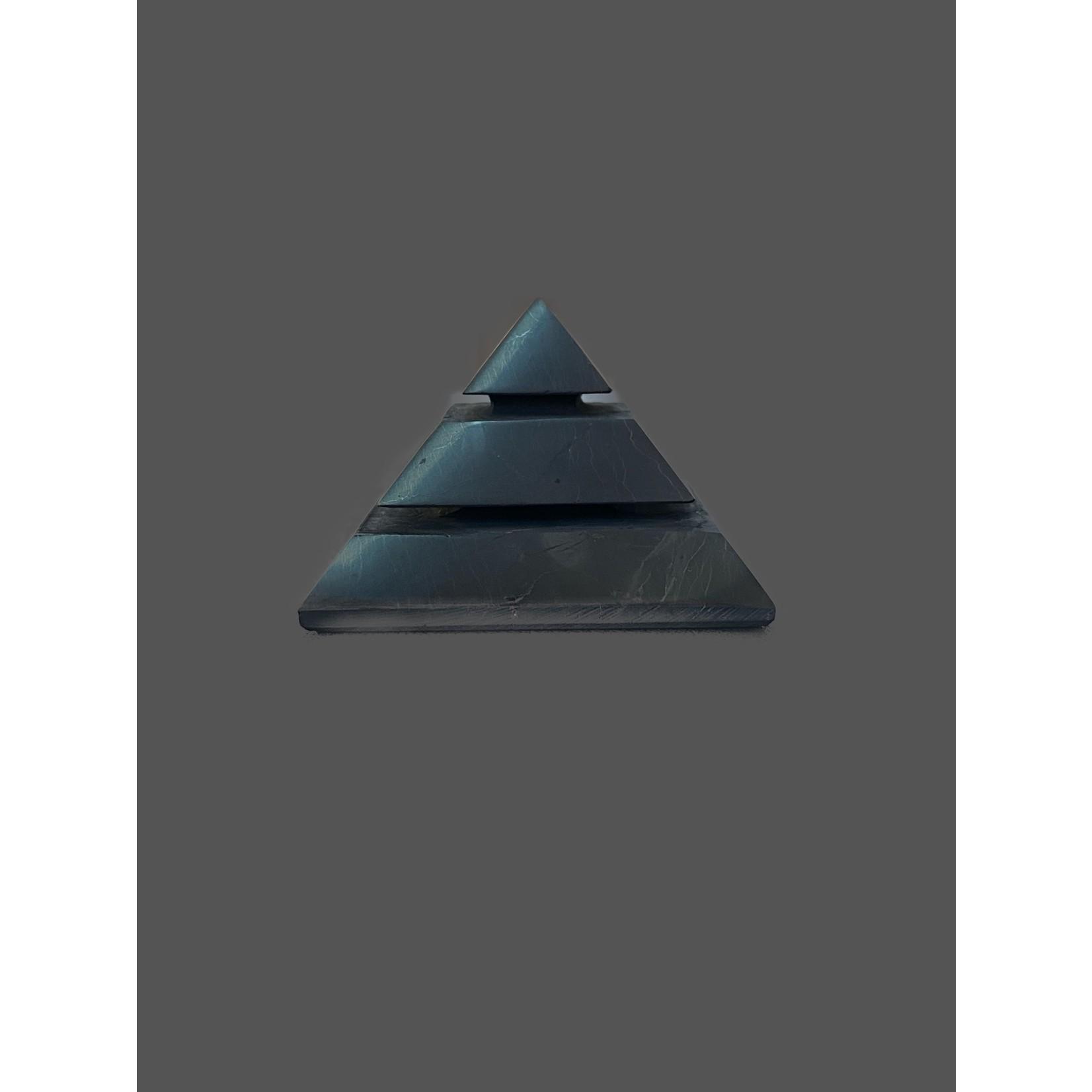 Pirámide de Shungit Sakkara