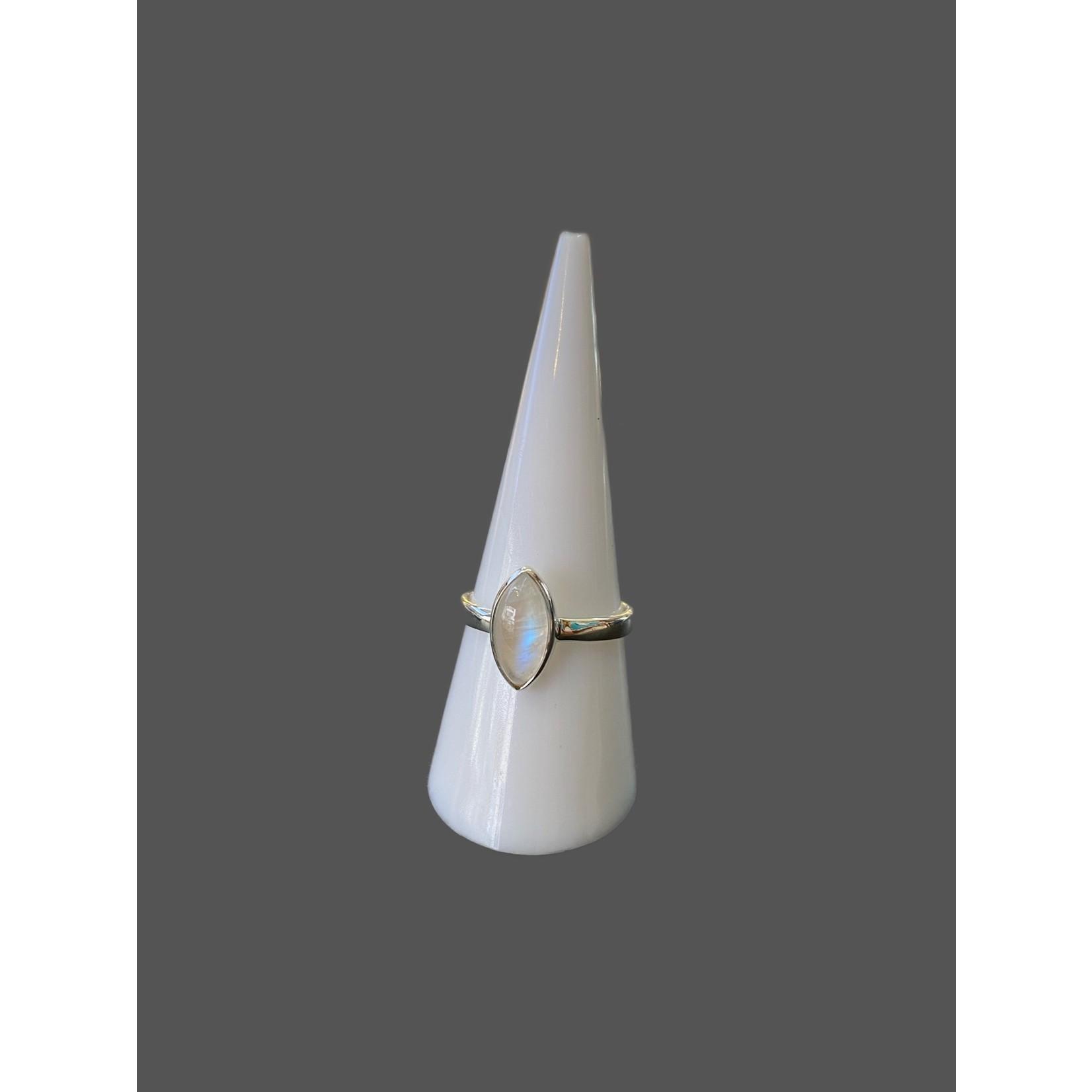 Anillo piedra lunar-plata