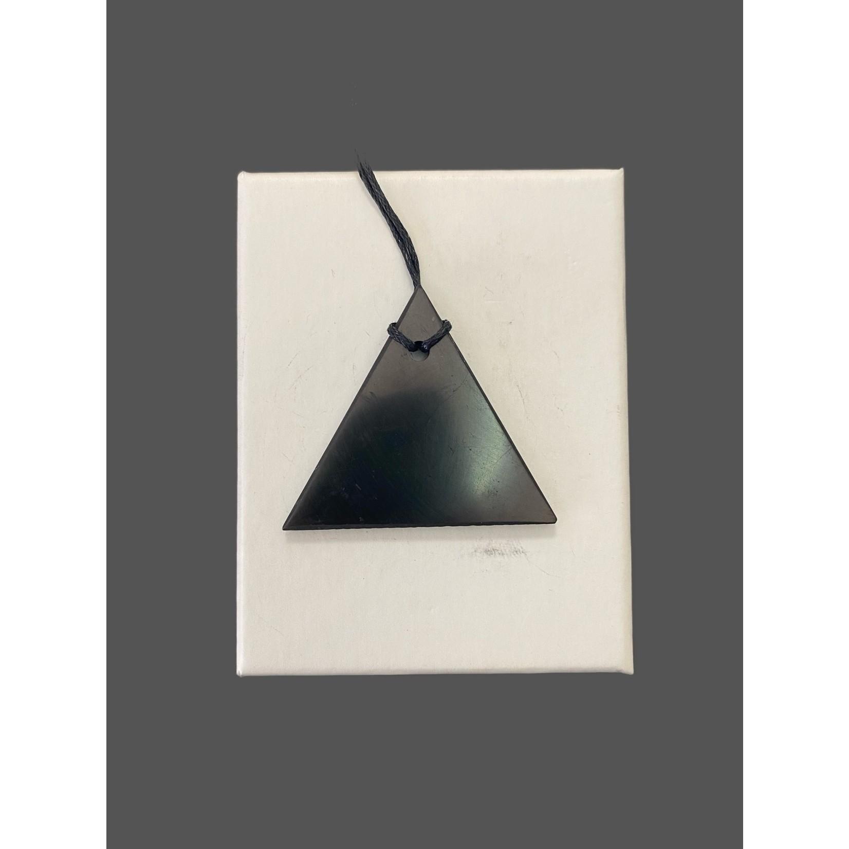 Colgante de Shungit Triángulo Masculino