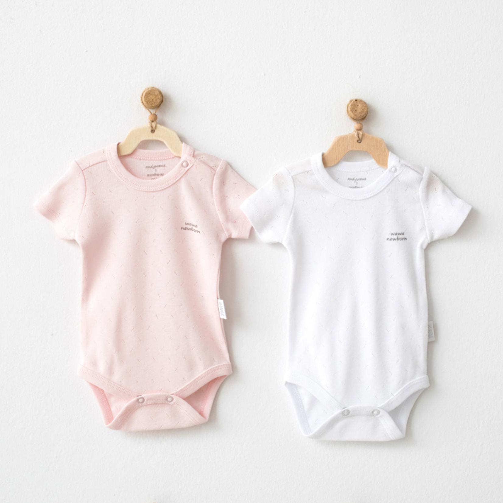 Set van 2 Babymeisjes Rompertjes Wit En Roze