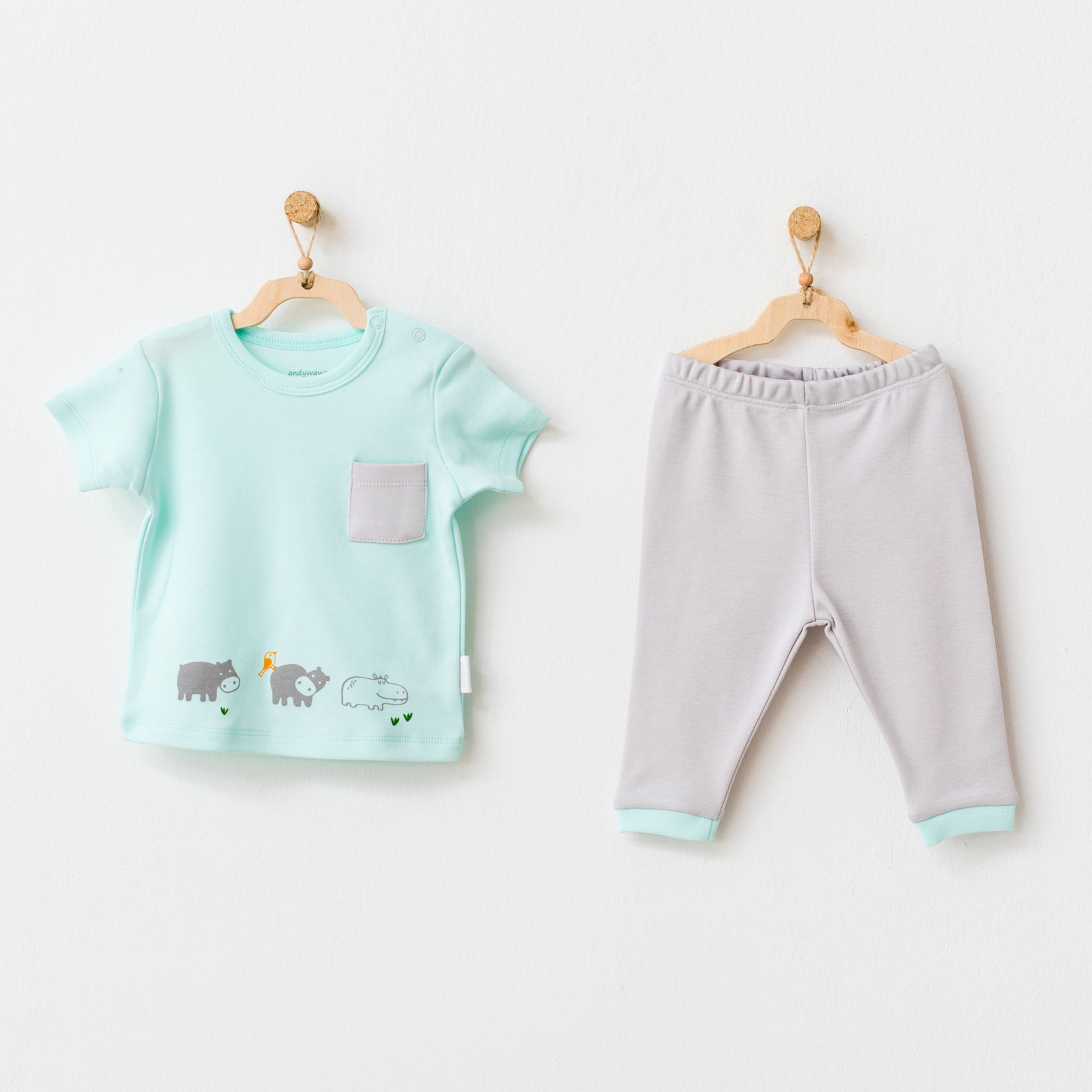 Babyjongens T-shirt en  Broekje Set Hippo