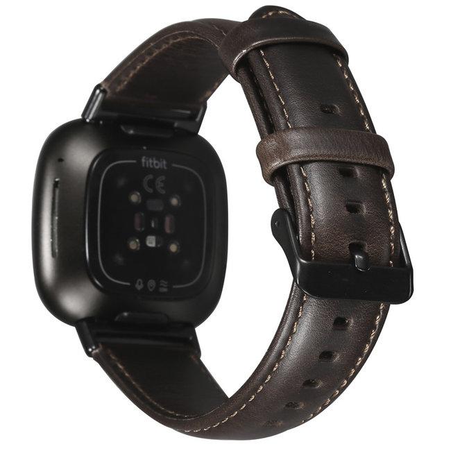 Fitbit Versa 3 / Sense bracelet en cuir véritable  - marron foncé