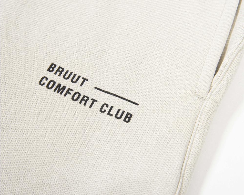 Bruut Comfort Club Short Light Bone
