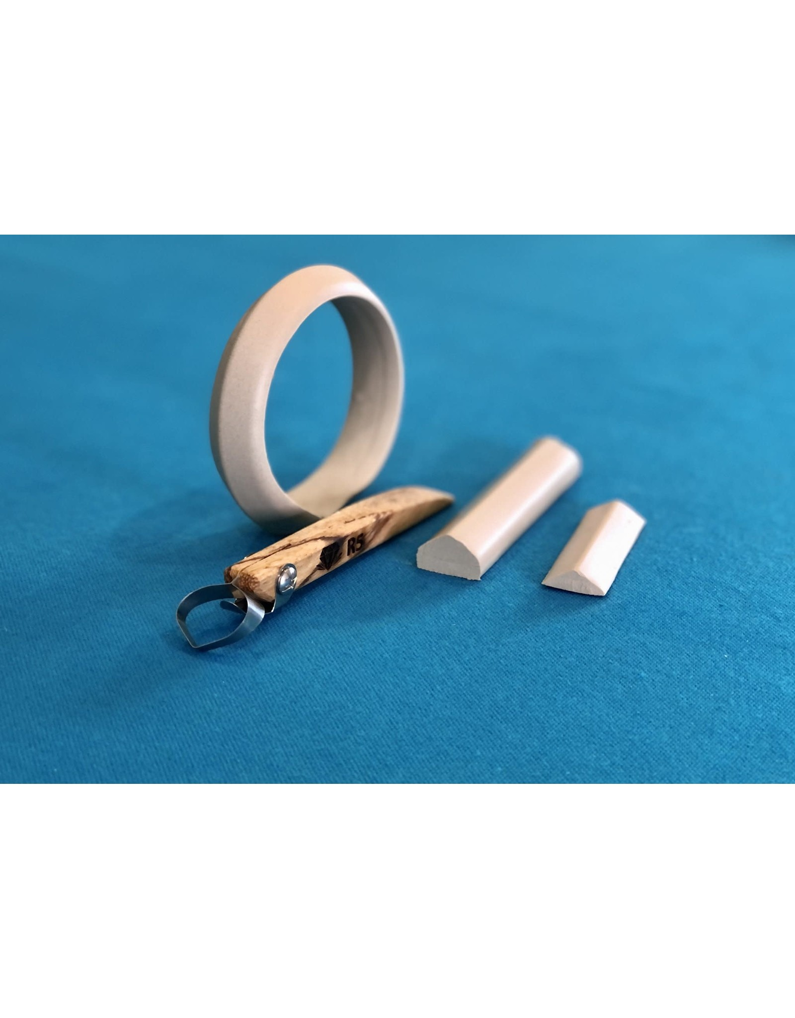 Diamondcore Tools (R5) Middle Ridge Handheld Clay Extruder