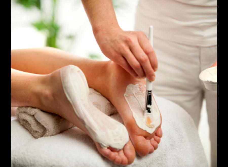 Training cosmetic spa pedicure