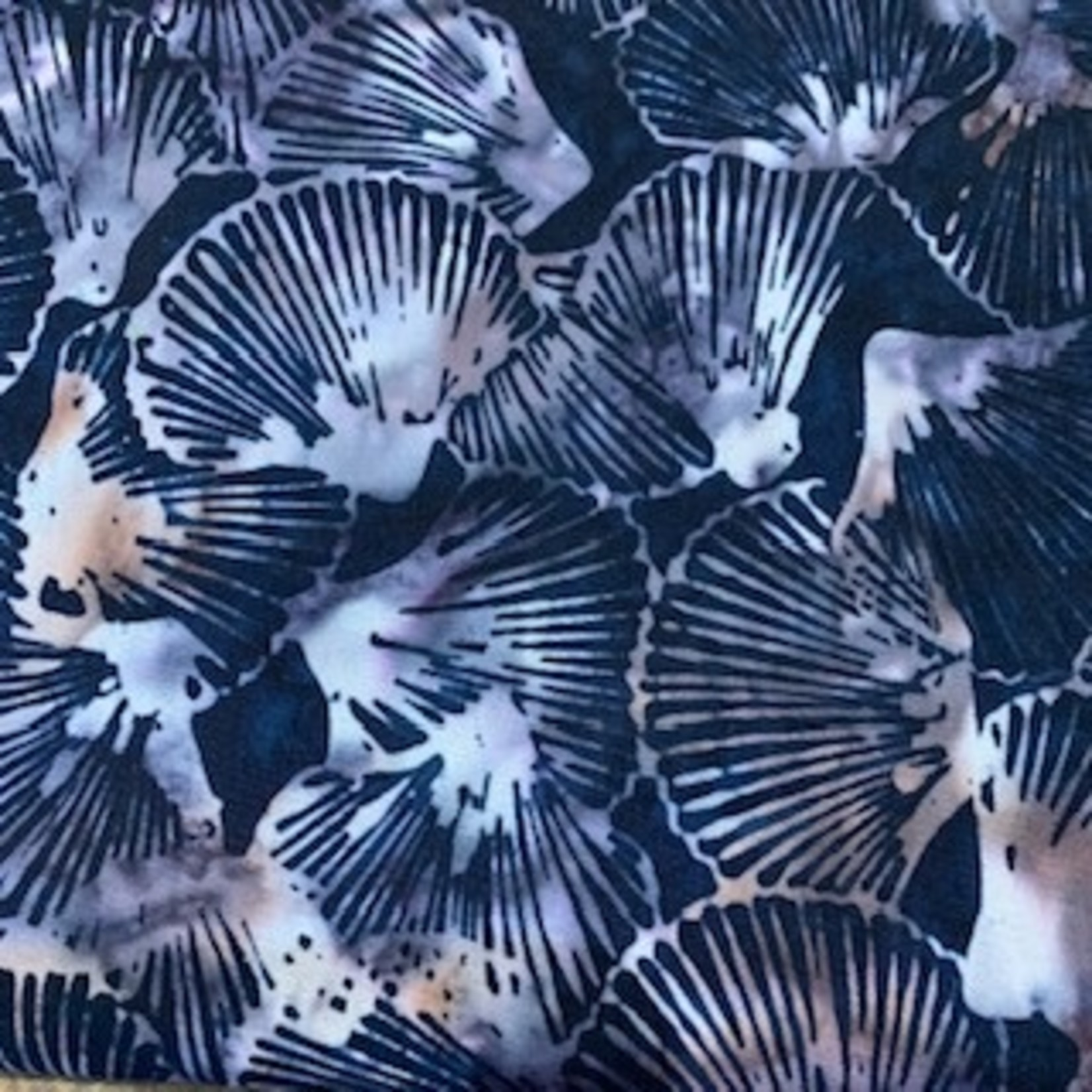 Hoffman Fabrics Bali Batik Shells - Onyx