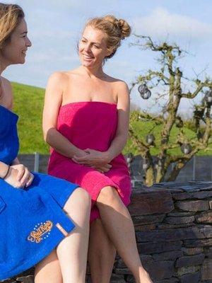 S&LT  Dames sauna handdoek met borduring