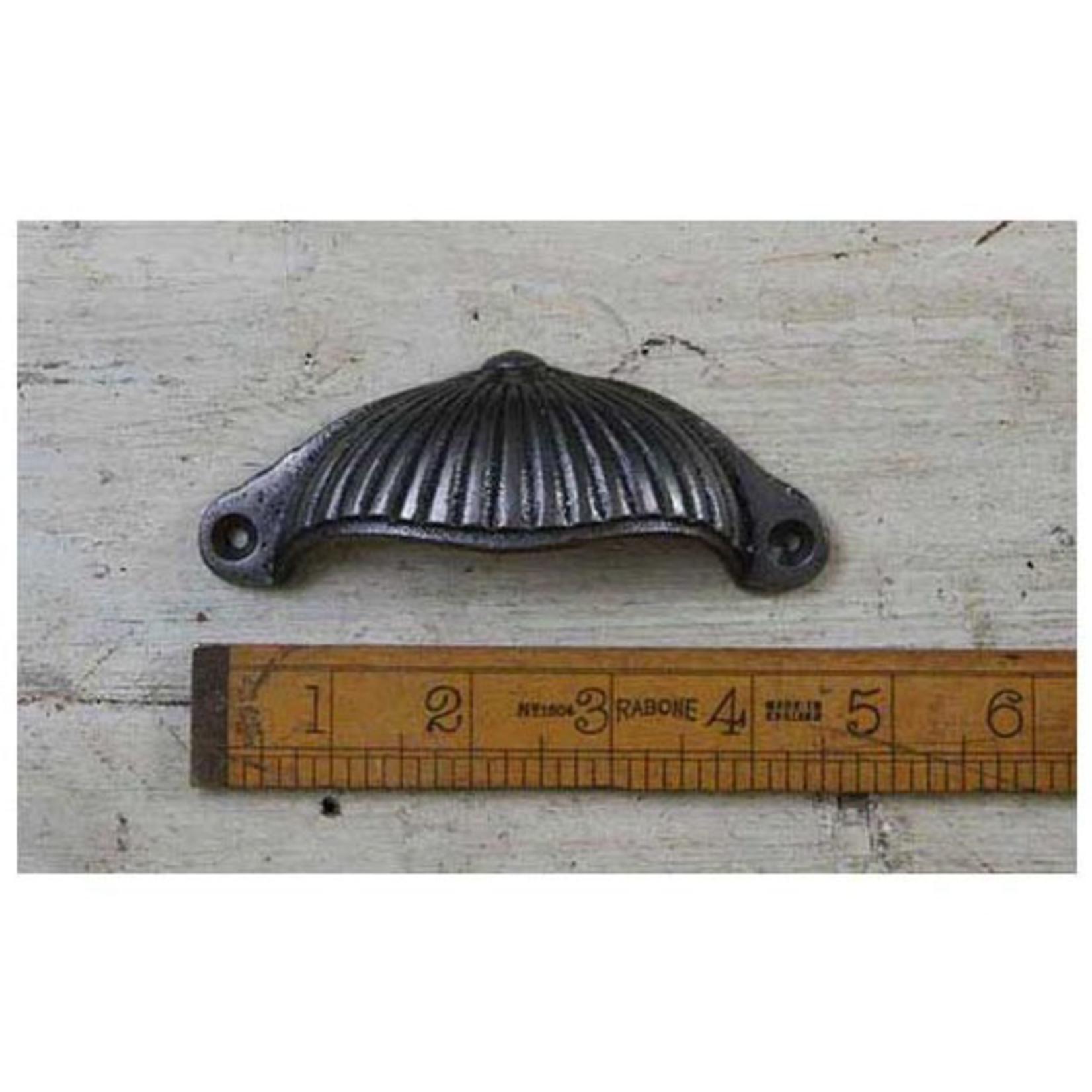 IRON RANGE Cup Handle Ridged Sunrise Design Cast Ant Iron Large 115mm
