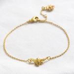 Lisa Angel Matt bee bracelet with matt daisy