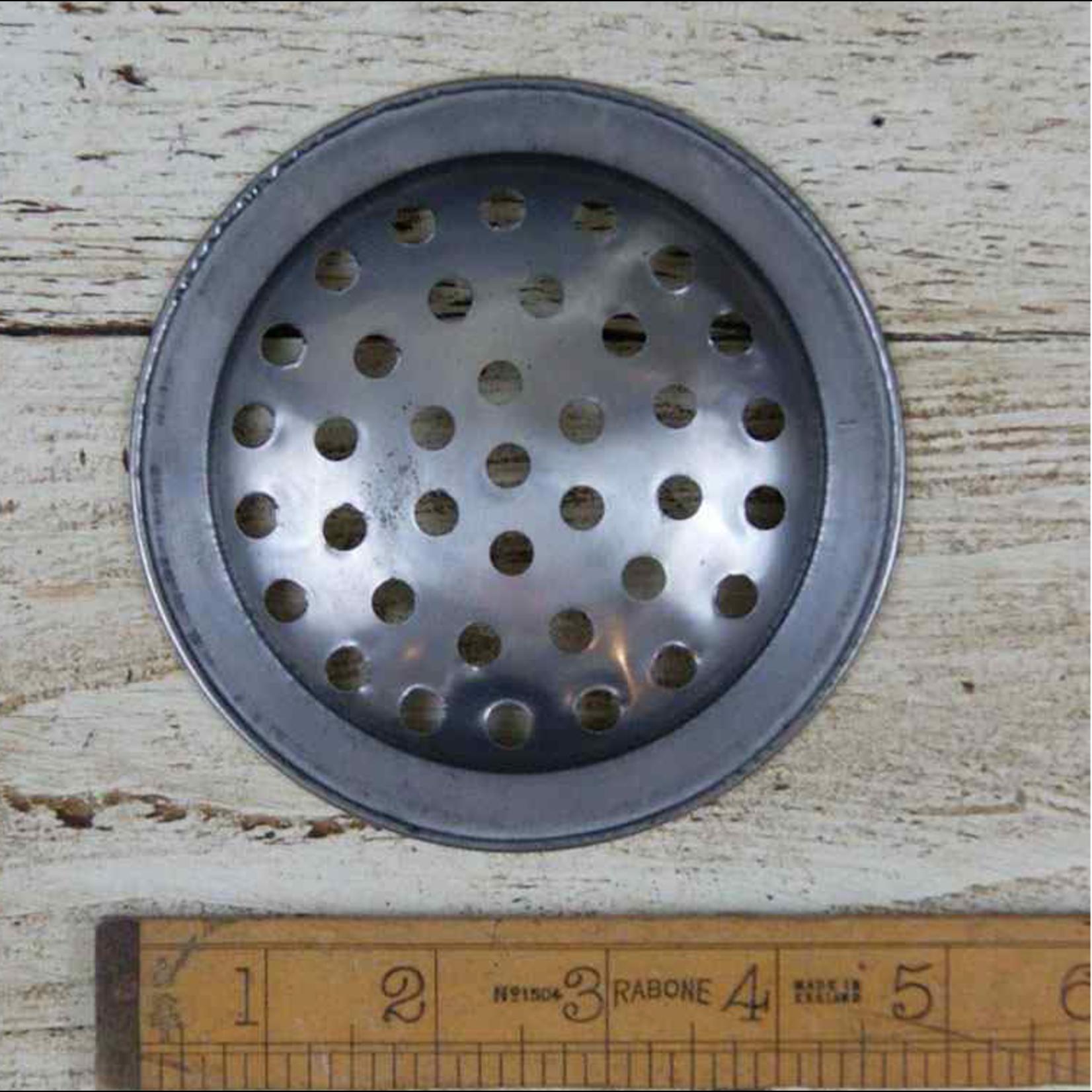 IRON RANGE Air vent Linen Cupboard Ventilation Disc Continental Antique