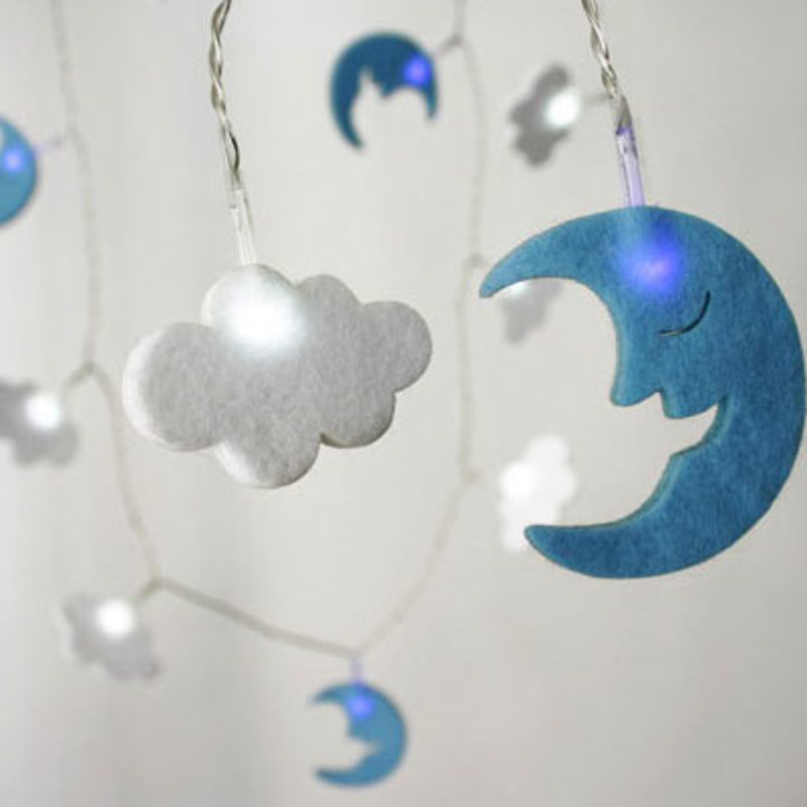 Light Style London Felt Moon & Cloud Battery Operated