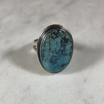 Maharaja Arts Palace Turquoise flat stone and sterling silver ring size Q