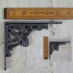 IRON RANGE Shelf / Wall Bracket 'Floret' Design Ant Iron 11cm x 13cm