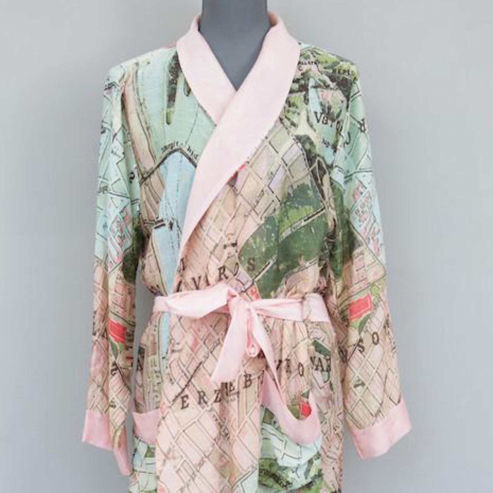 ONE HUNDRED STARS Budapest Map Dressing Gown