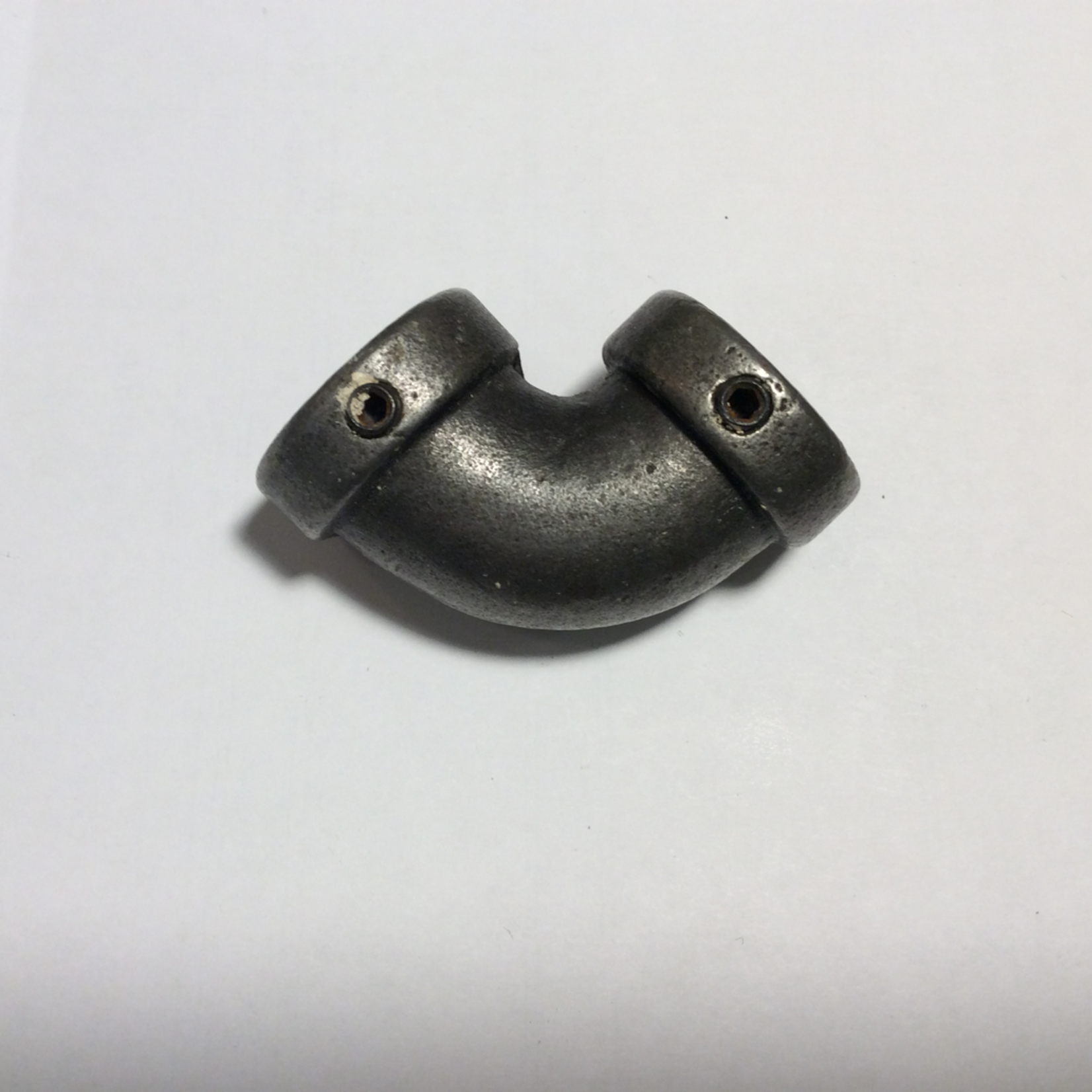 IRON RANGE 15mm pipe component corner connector 90 degree Antique Iron