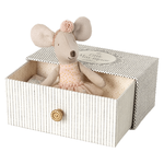 Maileg PRE ORDER Maileg Dance mouse in daybed, Little sister - Estimated Arrival mid October