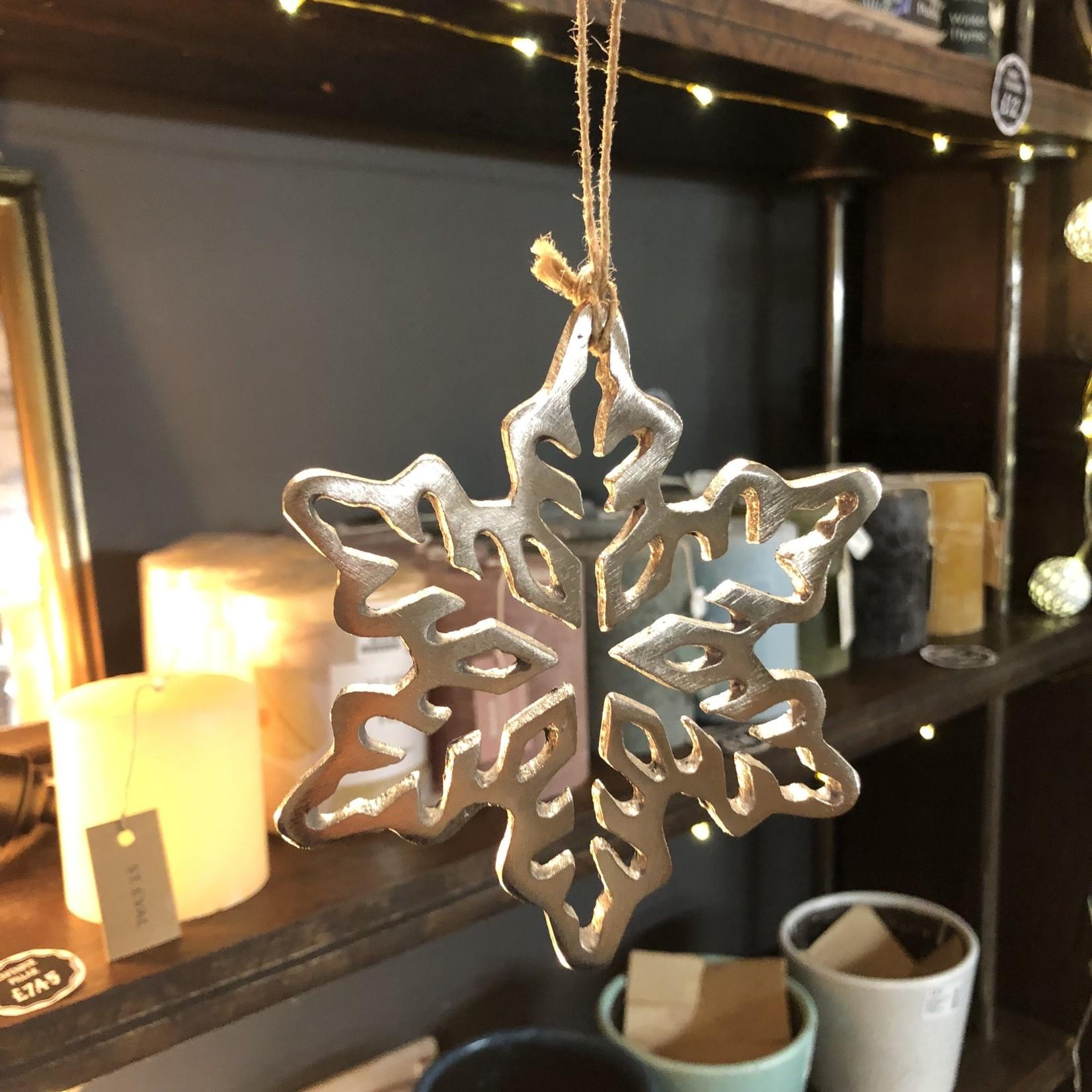 S-c Brands Cast Aluminium silver snowflake