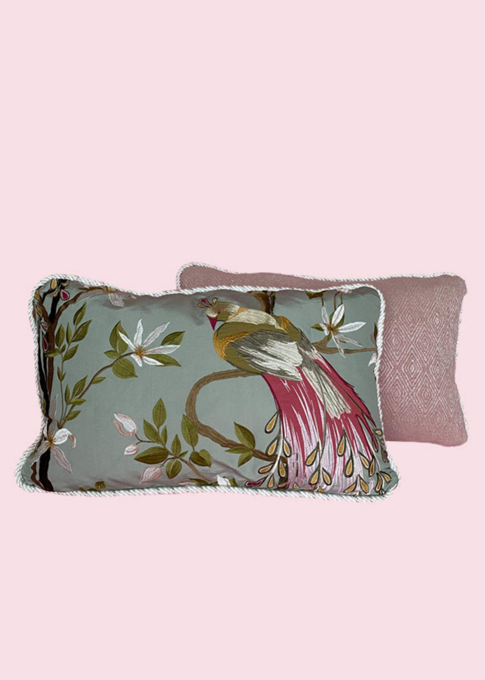 Esther's Pink suite's pillows
