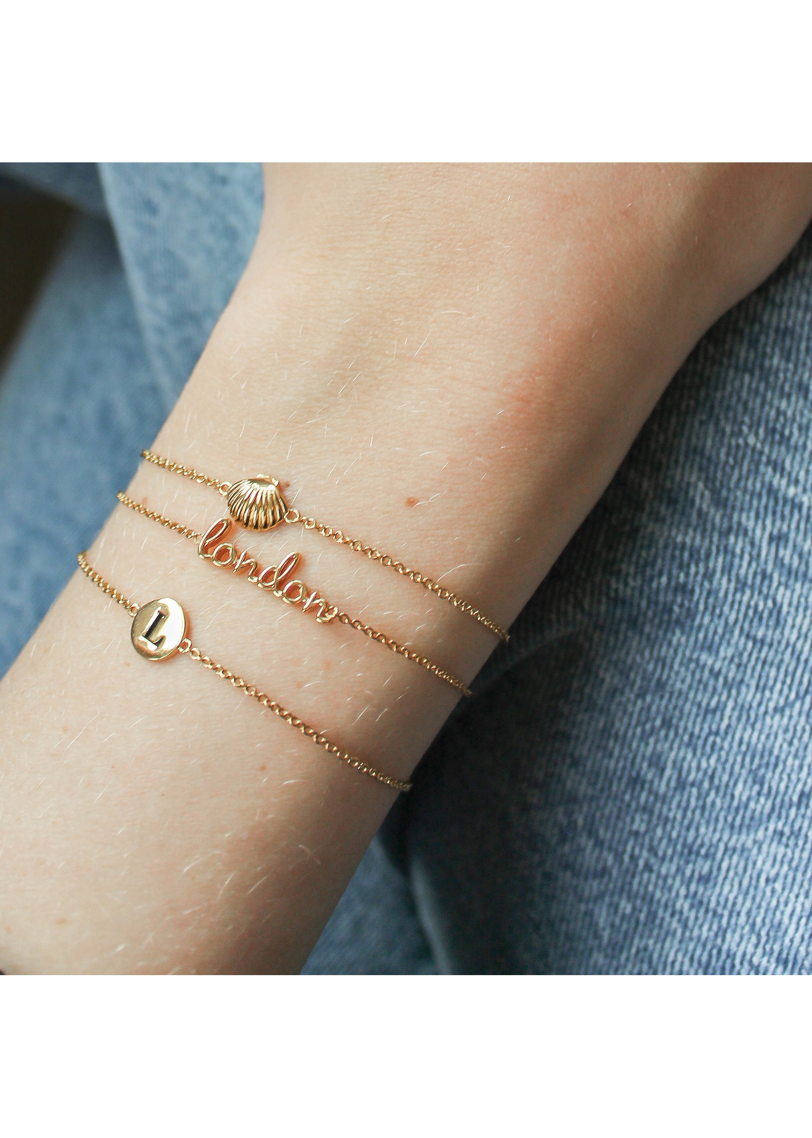 All The Luck In The World SOUVENIR BRACELET SEA SHELL GOLD