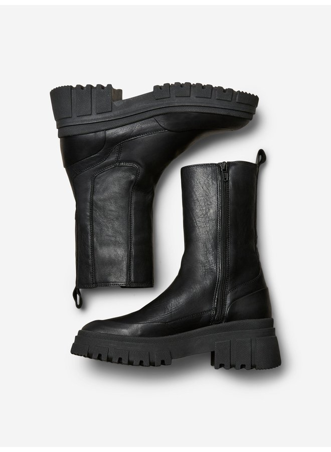 NORA LEATHER BOOT