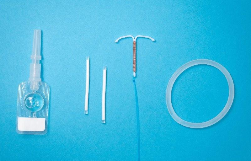 Anticonceptie zonder hormonen: de voor- en nadelen op een rij