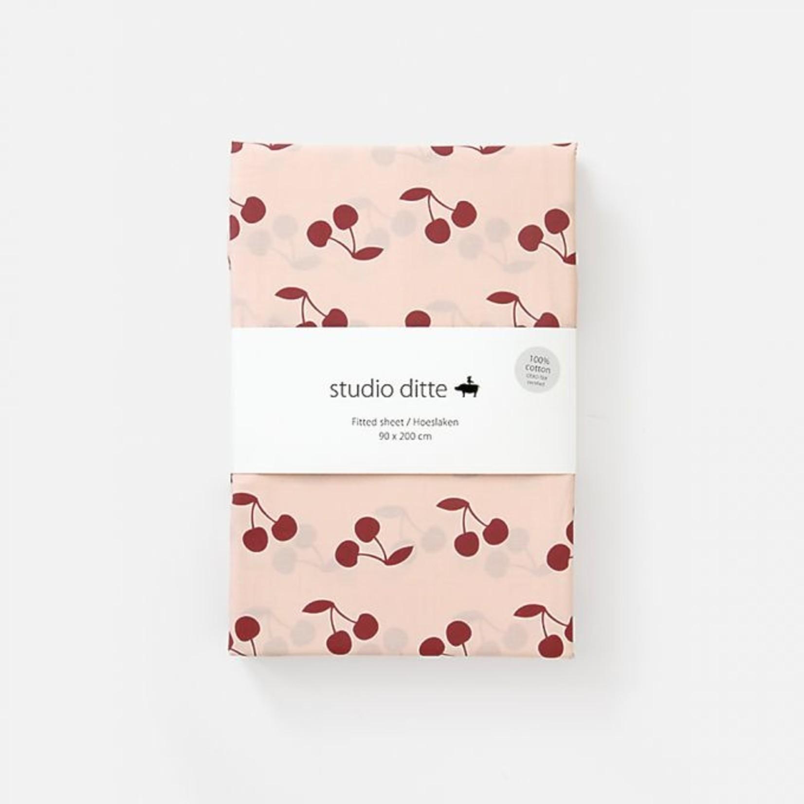 Studio Ditte Studio Ditte Hoeslaken 1-persoons Roze Donkerrood