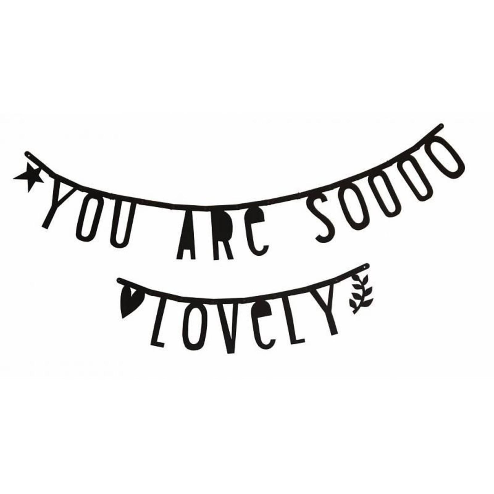 A Lovely Little Company A Lovely Little Company Letter banner Zwart