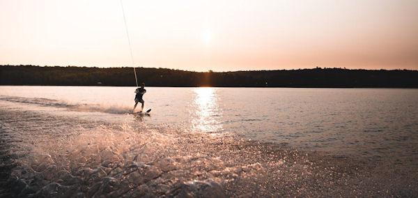 stardupp waterski's kopen met beste prijs-kwaliteit - waterskiën kabelbaan - waterskiën nederland