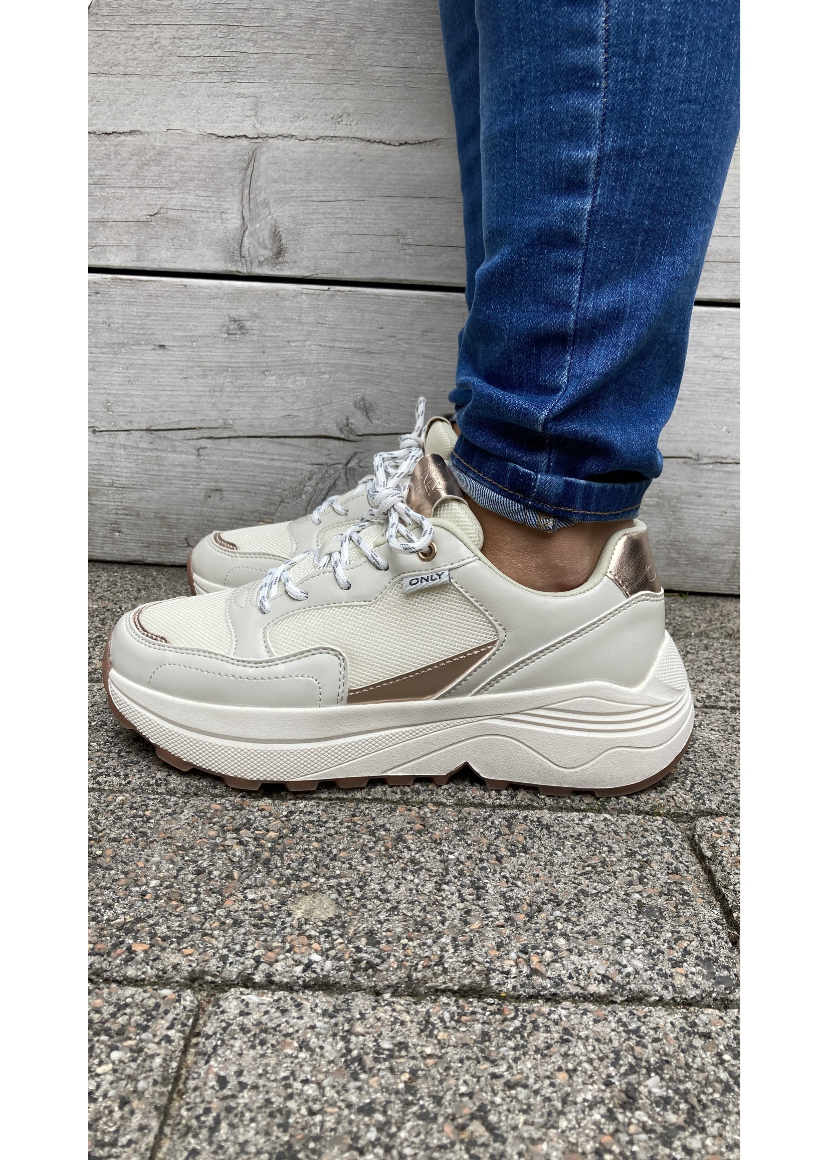 ONLY SYLVIE-3 PU COLOR SNEAKER white