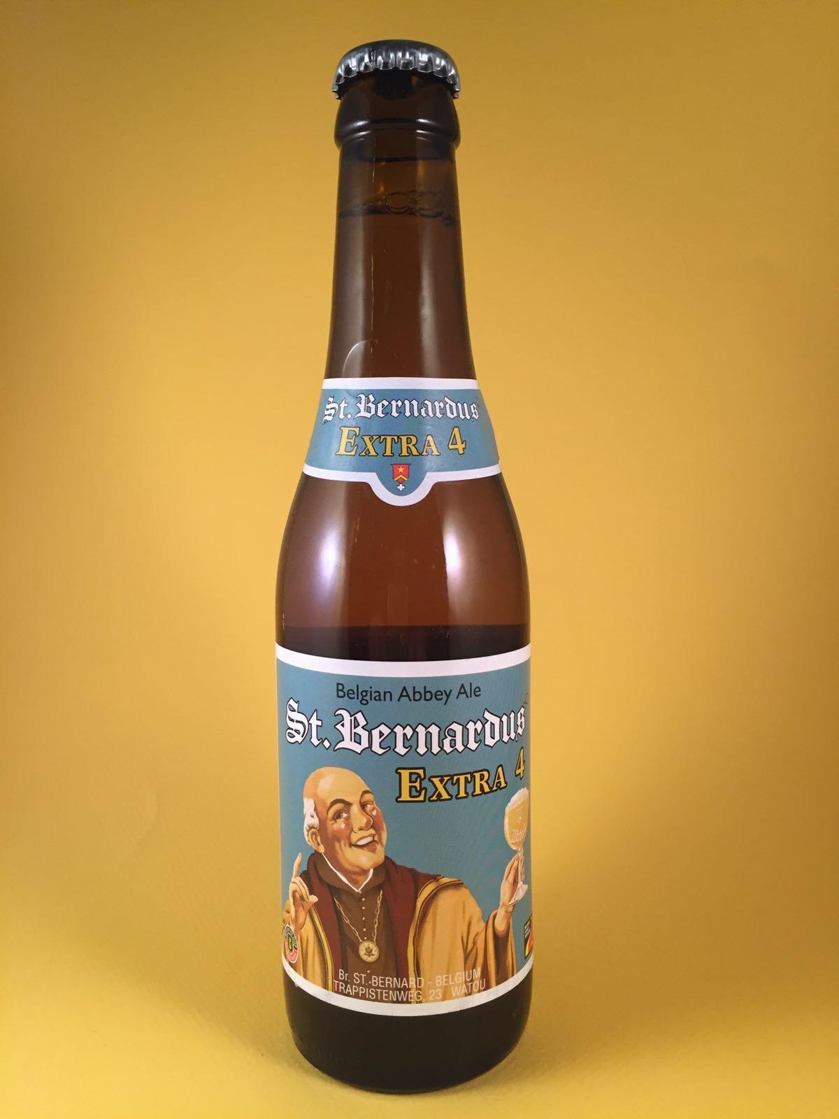 St. Bernardus Extra 4 Herkomst: Watou, België St. Bernardus heeft meerdere speciaalbieren maar de Extra 4 is bijzonder omdat zij dit bier niet voor verkoop gebruiken maar eigenlijk alleen maar voor eigen consumptie van de paters in de abdij. Het bier is gebalanceerd in zijn smaak en heeft geen uitspattingen naar zuur of bitter. Het bier heeft een percentage van 5,4% en een nagisting op de fles. Serveeradvies tussen de 6 en 10 graden.