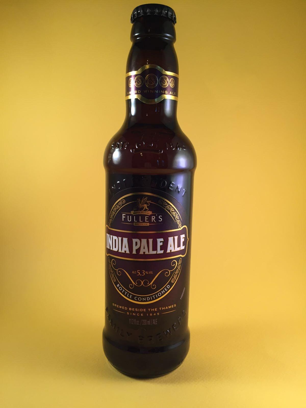 India Pale Ale Herkomst: Londen, Engeland Hoewel de naam anders doet denken is dit bier voor het eerst in de 19e eeuw gebrouwen in Engeland voor de Londense markt. Typische smaak van dit bier is te danken aan de lange overzeese reizen naar India die wel 5 maanden kon duren. Ze dachten dat het bier langer goed bleef als er meer hop werd toegevoegd aan het bier en het alcoholpercentage werd verhoogd, 5,2%. Advies serveertemperatuur: 7 graden