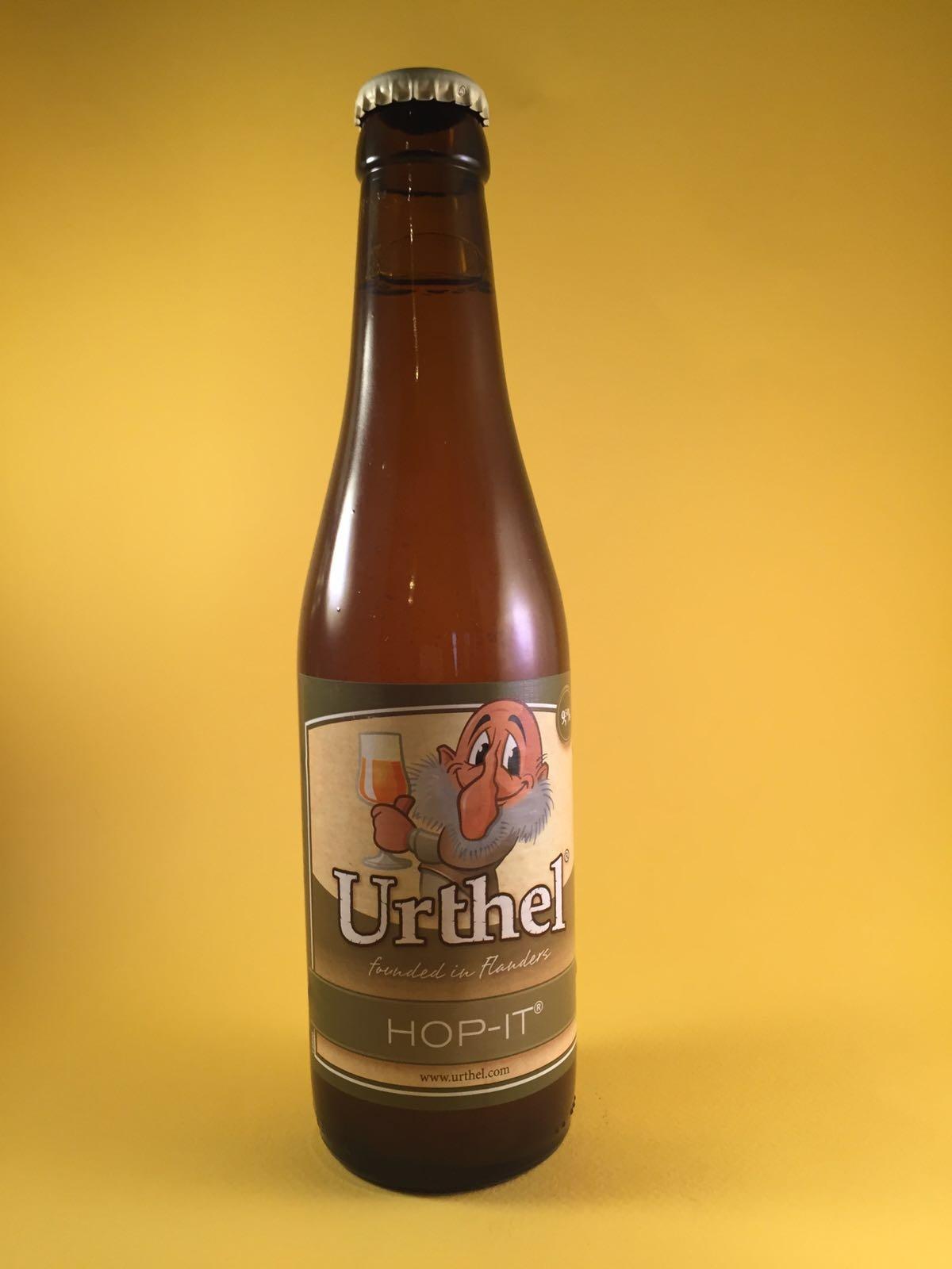 Urthel Hop-it Herkomst: Tilburg, Nederland Het bier heeft een troebele doorkijk en een mooie witte schuimkraag. Wat een geweldige hoppige smaak heeft dit bier. Informatie over de brouwerij is reeds bekent van vorige box. Het bier heeft een alcoholpercentage van 9,5%. Serveeradvies: 5 tot 7 graden.