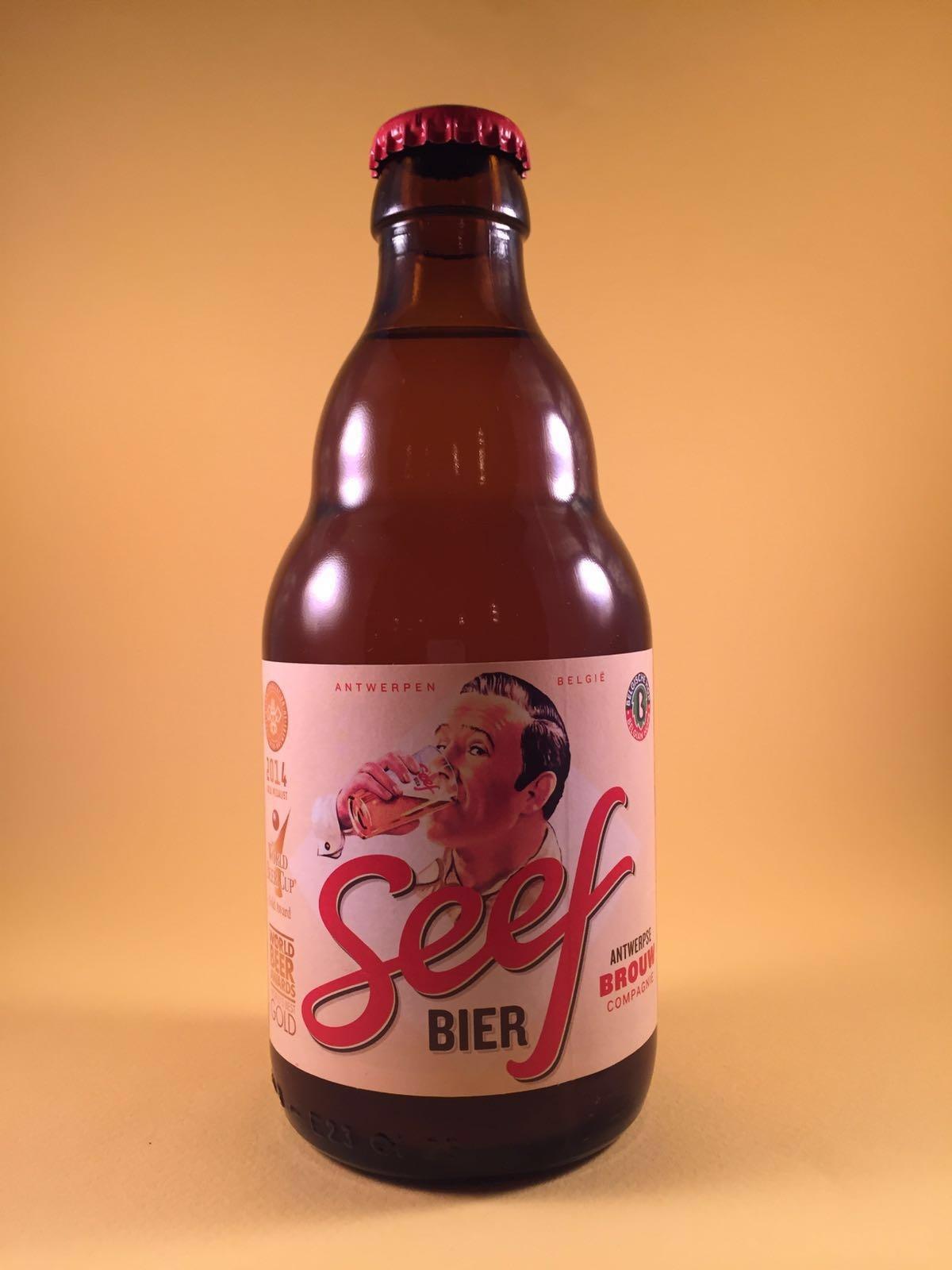 Seef Herkomst: Antwerpen, België Dit bier is een heerlijke dorstlesser met vrij neutrale smaken. Seefbier is bijna een eeuw lang niet gebrouwen nadat het verdwenen was tijdens WO I. Na terugkomst heeft het meerdere prijzen gewonnen. Dit speciaalbier is niet onbekend maar zeer leuk om mee te koken. Na 3 flessen weet je niet meer wat je in de keuken doet. Het bier heeft een alcoholpercentage van 6,5%. Advies serveertemperatuur: 7 a 8 graden.