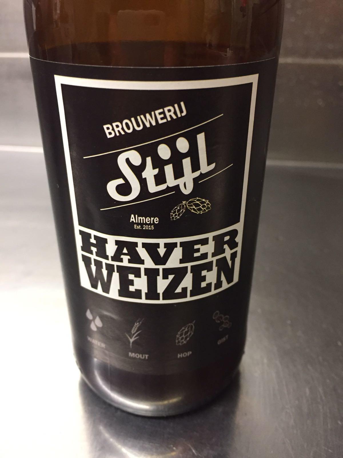 Haver Weizen Herkomst: Almere, Nederland Een koperkleurige Weizen met lichtzoete smaak. Het mondgevoel is filmend. Een romige smaak wat ervoor zorgt dat je mond een beetje plakkerig wordt. Maar als de temperatuur goed koud is, is het toch een fris biertje. Tuttifrutti bepaald de geur. Dit speciaalbier is afkomstig van brouwerij Stijl wat meerdere bieren in het assortiment heeft, maar de Haver Weizen is een seizoensbier wat alleen in de lente/zomer te verkrijgen is. Het bier bevat een alcoholpercentage van 5,5%. Advies serveertemperatuur: 4 graden.