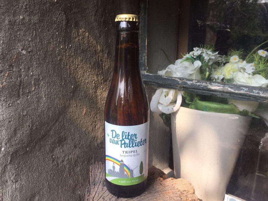 Liter van Pallieter Herkomst: Goudkleurig speciaalbier met een frisse smaak. Vanille is sterk aanwezig in de geur. Koude rijpe banaan en een zoetzuur bepalen de smaak . De liter van Pallieter is opgericht in 2008 door een samenwerking van de stad en horeca. De naam Pallieter verwijst naar een hoofdpersonage in het boek van Felix Timmermans. Liter van Pallieter wordt gebrouwen door brouwerij Lochristi in samenwerking met Achilles. Het bier bevat een alcoholpercentage van 8%. Advies serveertemperatuur: 6 à 7 graden.