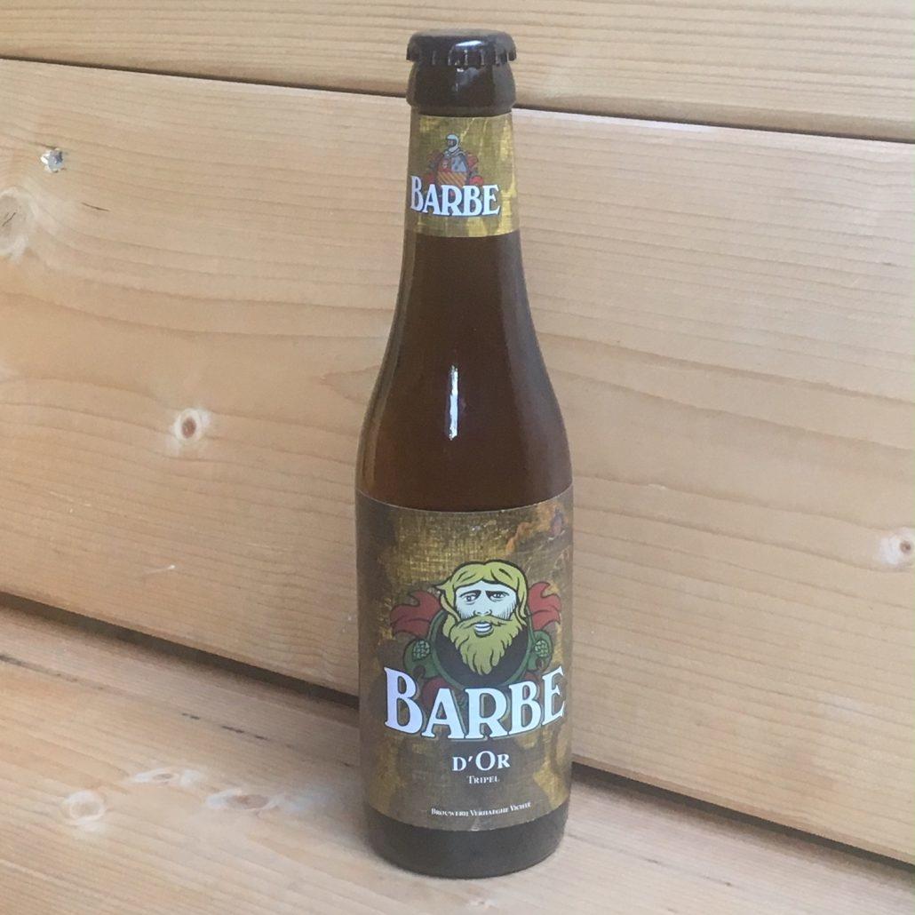 Barbe D'or Herkomst: Vichte, België Een heldere goudkleurige tripel met body en een bittere afdronk. Een gebalanceerde geur zonder uitgesproken tonen. Barbe D'or is afkomstig van brouwerij Verhaeghe uit Vichte. Een brouwerij die in 1885 is opgericht als brouwerij-mouterij. De brouwerij heeft een hele productielijn met de naam Barbe. De betekenis van de naam Barbe D'or is vrij vertaald Gouden Baard. De brouwerij heeft daarnaast nog 4 andere biernamen in het assortiment. Het bier bevat een alcoholpercentage van: 7,5%. Advies serveertemperatuur: 7 à 8 graden.