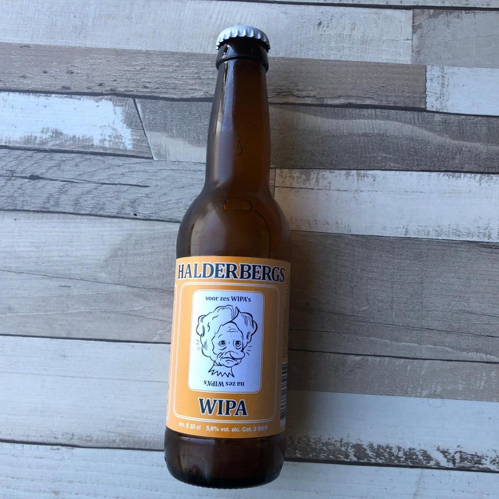 WIPA  Herkomst: Hoeven, Nederland  Een troebel White IPA met de kleur geel. Een fruitige en bloemige geur en een zacht van smaak. Een licht bittertje proef je zowel bij de eerste slok als bij de afdronk. WIPA is afkomstig van brouwerij 't Meuleneind. Een brouwerij met een breed assortiment aan speciaalbieren en waar je eventueel ook je eigen bieren kunt laten brouwen. Deze brouwerij is afkomstig uit Hoeven waar dit jaar voor de tweede keer ook een speciaalbierfestival wordt georganiseerd met lokale speciaalbieren. Dit festival vindt plaats op 3 augustus.  Alcoholpercentage: 5,6%  Advies serveertemperatuur: 5 à 6 graden.