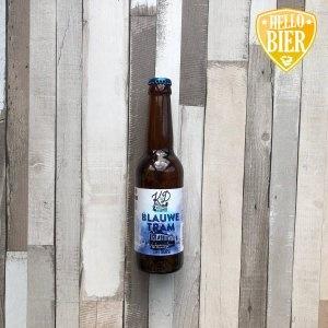 Blauwe Tram  Herkomst: Hillegom, Nederland  De Blauwe Tram is een Tripel met in de geur een herkenning van citrus. De smaak is fris met een fluweelzachte bitterheid en heeft een aangename afdronk. Deze blauwe tram reed tussen 1900 en 1950 door Hillegom van Haarlem naar Den Haag. Dit bier is afkomstig van Brouwerij Klein Duimpje en het bijzondere aan deze brouwerij is dat het is gevestigd in een voormalig bollenkwekerij. Brouwerij Klein Duimpje is een brouwerij die graag experimenteert met verschillende bierstijlen. Zo ontstaan er bierstijlen met innovatieve smaakcombinaties en worden tradities in stand gehouden.  Alcoholpercentage: 8%