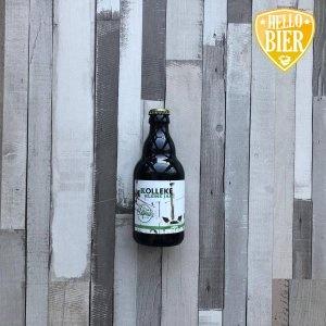 Kolleke Kleine Jan  Herkomst: Den Bosch, Nederland  Amberkleurig lentebier met stabiele schuimkraag. Verfrissend lentebier met subtiele salmiak smaak. De geur en smaak matchen niet helemaal omdat je in de neus een lichtzoete geur herkent. De afdronk van dit bier is kort maar wel uitnodiging om nog een slok van de Kolleke Kleine Jan te nemen. Dit bier is afkomstig van Brouwerij 't Kolleke uit Den Bosch. Een brouwerij gekoppeld aan café Bar le Duc. Het café heeft een rijke kaart aan speciaalbieren en diverse bieren uit eigen brouwerij.  In verband met de coronacrisis verkopen ze vanuit het café diverse pakketten met speciaalbier en borrelhappen die je kunt afhalen bij café Bar le Duc.