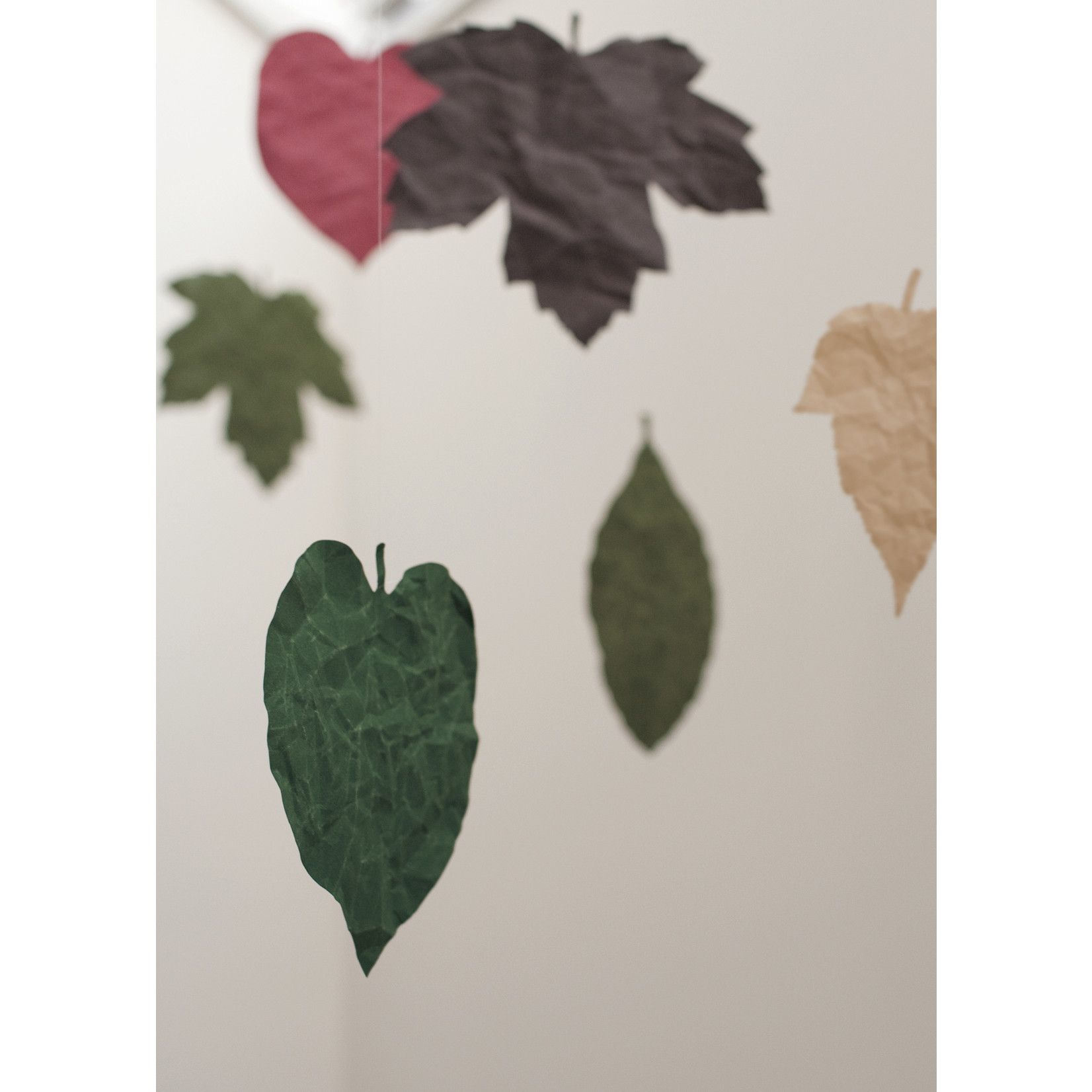 Based on Roots SIWA leaf bookmarks and cards