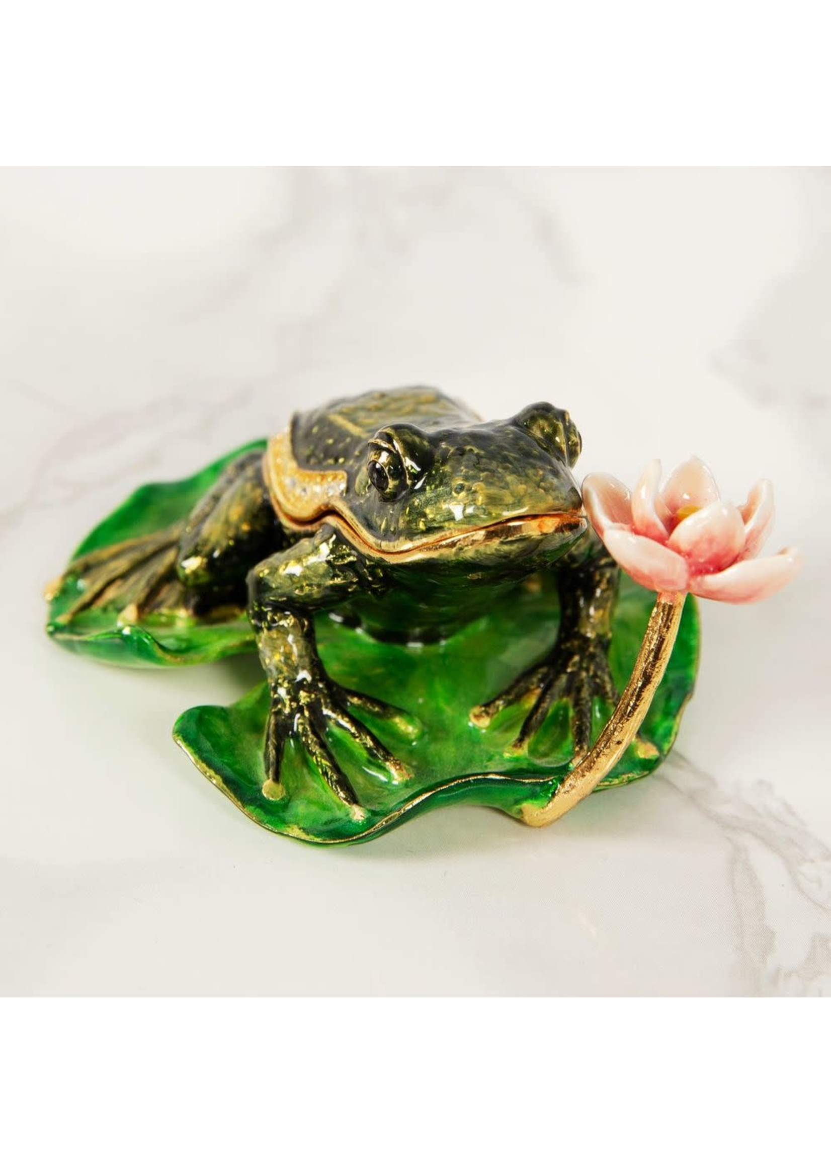 TREASURED TRINKETS - FROG ON A LILY PAD