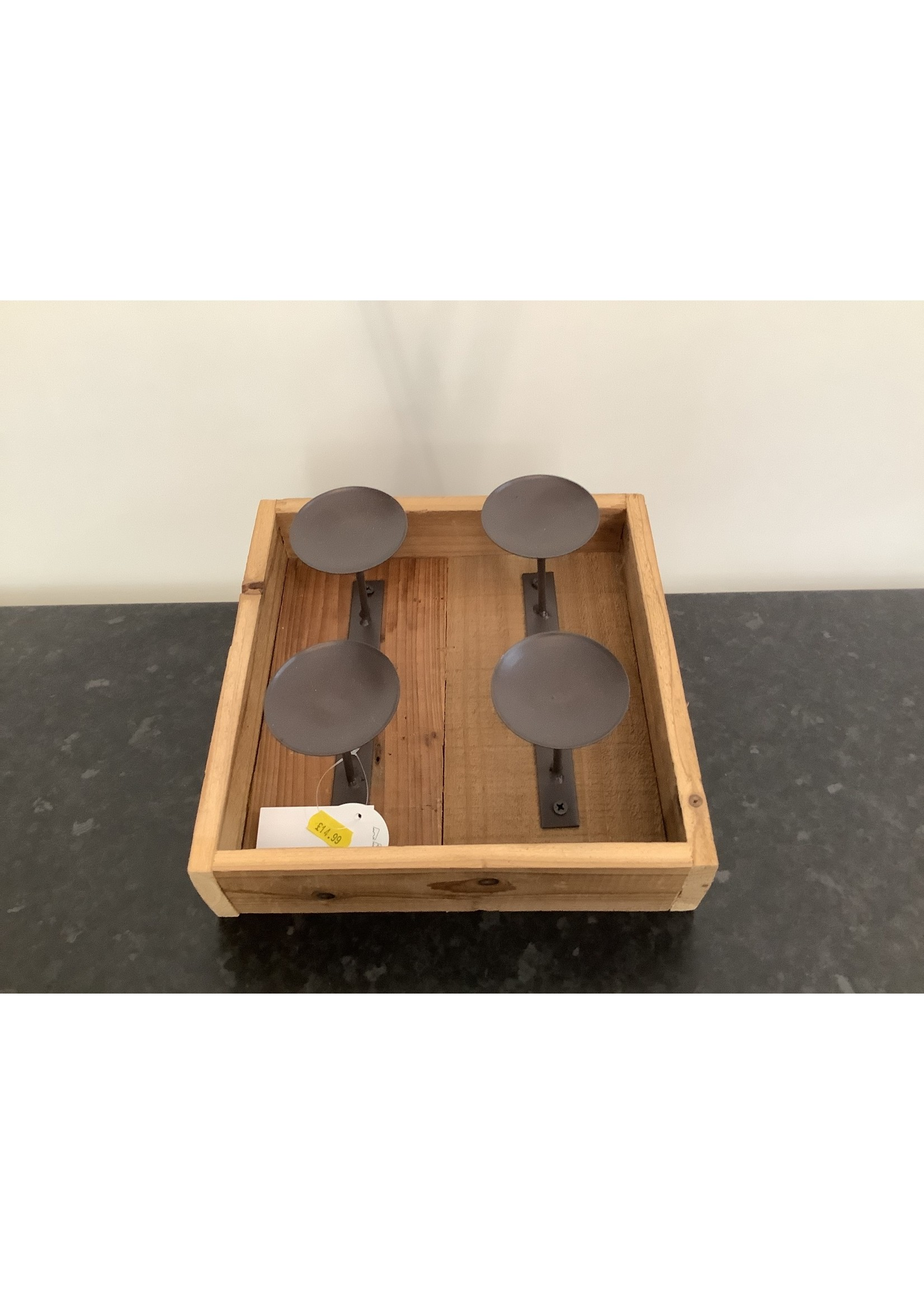 Wooden and metal 4 candle holder 25x25cm